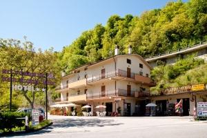 Cascia hotel Scoglio Rosa